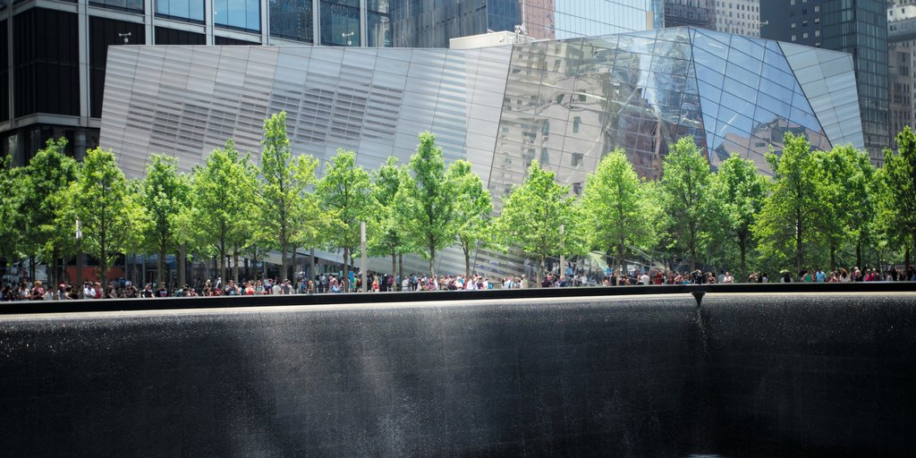 A view of the #911Museum from the North Pool of the #911Memorial. https://t.co/B1NDaNxKut