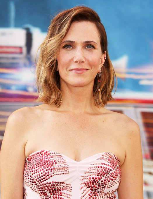 Happy Birthday to the very hilarious actress: Kristen Wiig