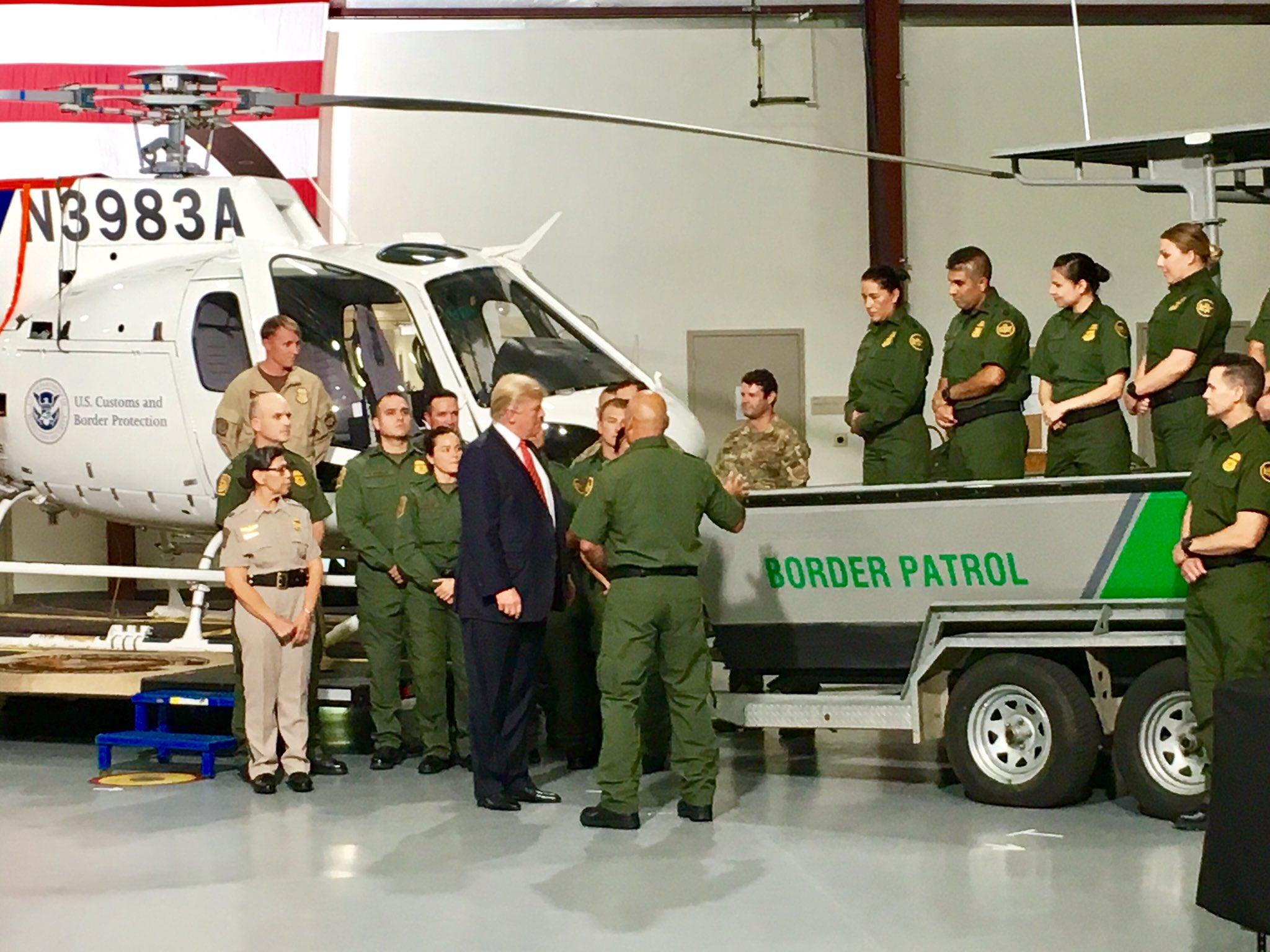.@POTUS visits w/ @CustomsBorder and @ICEgov agents in Yuma, AZ. https://t.co/SaJ0ij4rJf