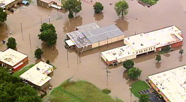 Death in Kansas blamed on flash flooding
