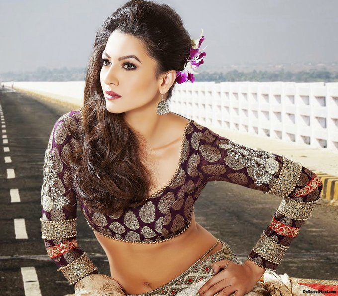 Happy Birthday to Gauahar Khan     About: