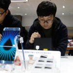 Samsung Note 8, then iPhone 8, could remedy stagnant phone sales