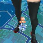 【ポケモンGO】進撃の巨人バグ最近になってまた目立ってきたなwwww初見だとマジでビビるwwwww - #ポケモンGO