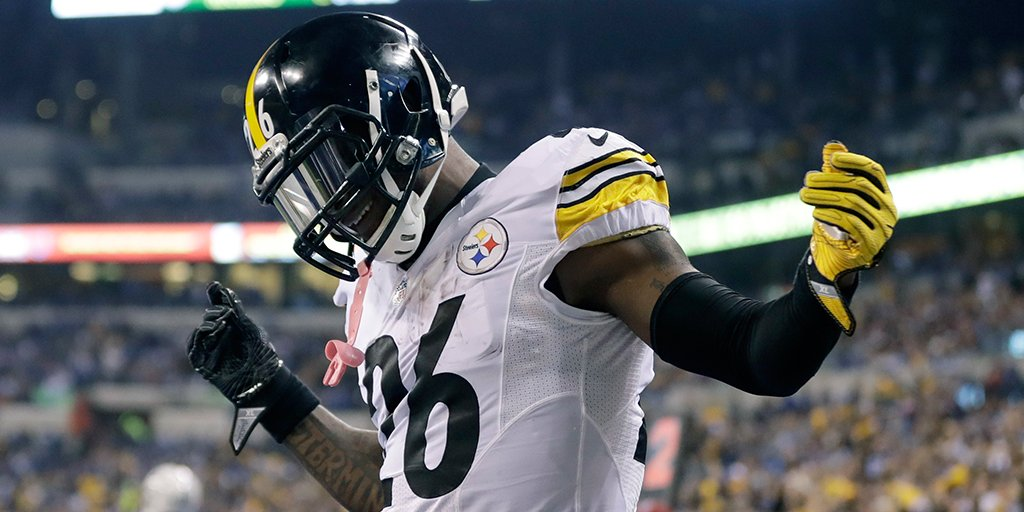Q: When will @L_Bell26 return to the Steelers?  A: https://t.co/gGnhEXWpbn https://t.co/MRGtuSvqME