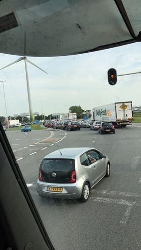 Wie het Westland uit wilt rijden op de A20 mag achter aansluiten vanaf het Westerleeplein. Foto Niels Olsthoorn https://t.co/GDv0ooa3Be