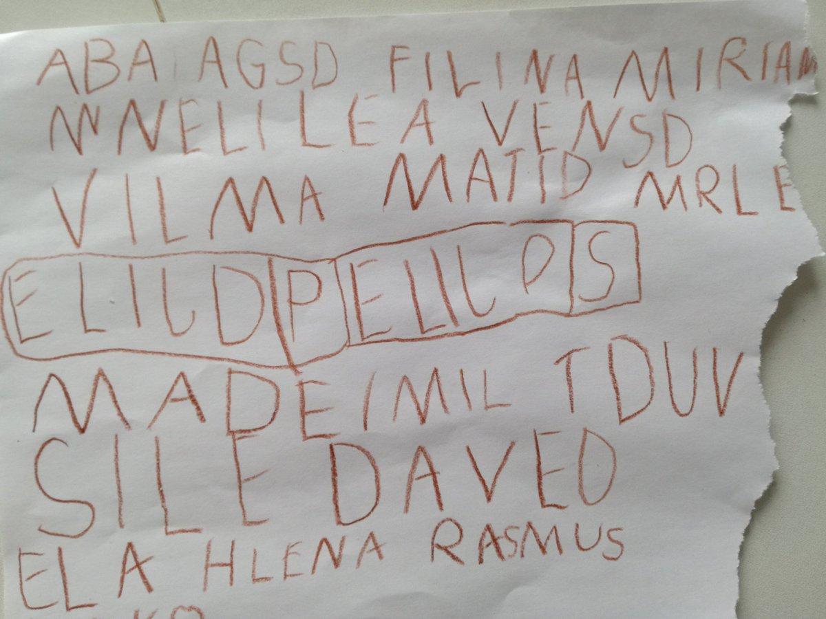 test Twitter Media - Gæt navnene på min datters bhkl-kammerater😉. Der er 19. #skolechat #skolestart #børnestavning #bogstav #lyd #bhkl https://t.co/kQ0yKIE9ZP