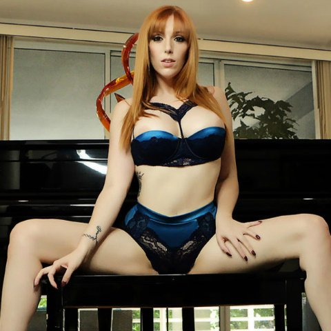 Apply to be @LaurenFillsUp's good little #slave! https://t.co/8kexaVVq1y #slavetraining #humiliation