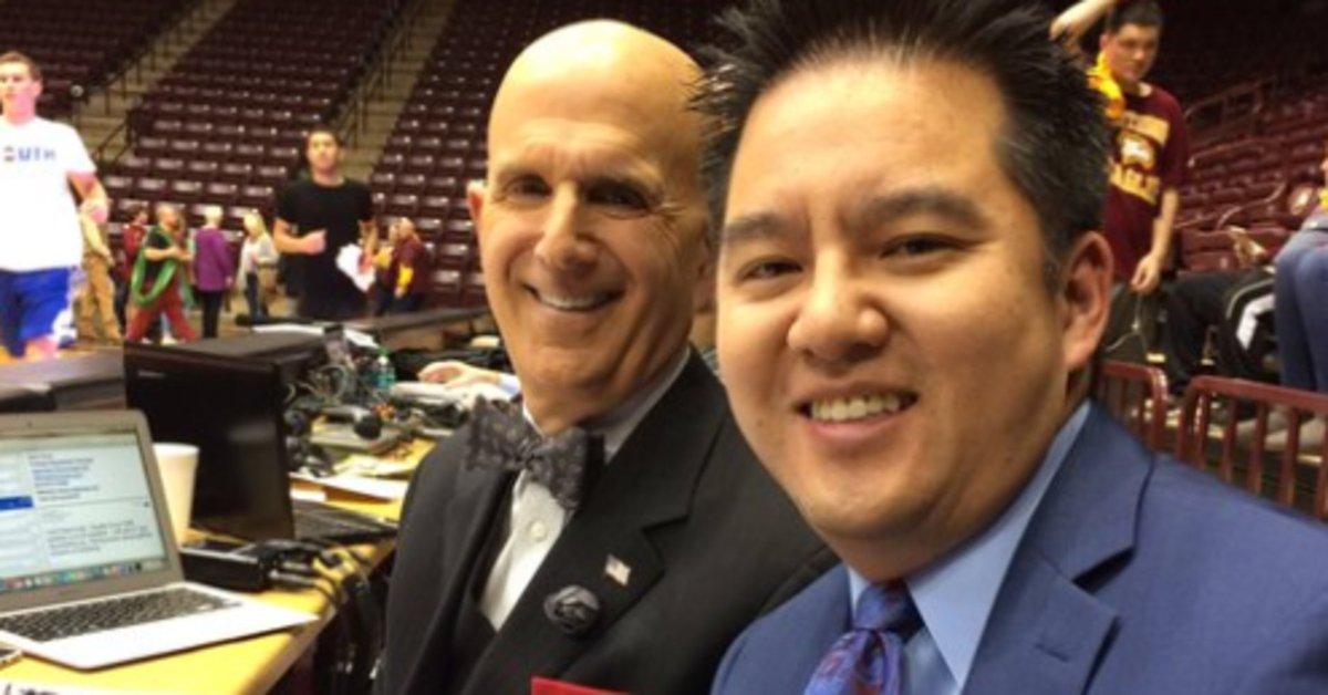 ESPN removes broadcaster from Virginia game because his name is Robert Lee https://t.co/PcHQRI1SMK https://t.co/a5rTxC0nGq