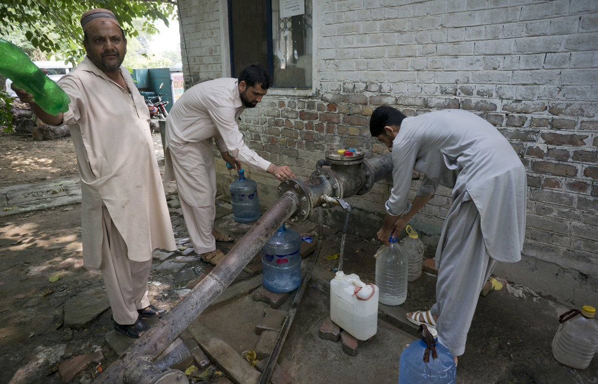 'Alarmingly high' arsenic levels in Pakistan groundwater seen threatening tens of millions