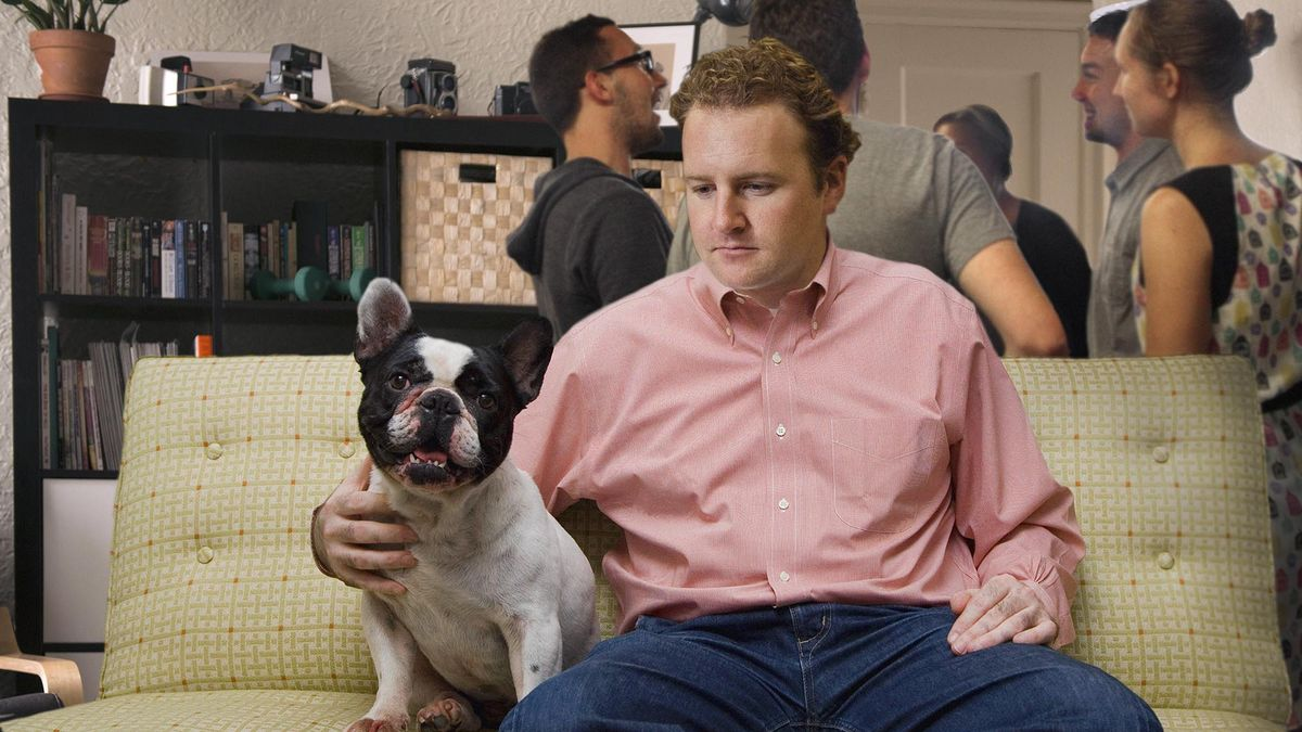Least Popular Guy At House Party Really Hitting It Off With Dog https://t.co/FB34PjbwDO https://t.co/DJdWmUETSJ