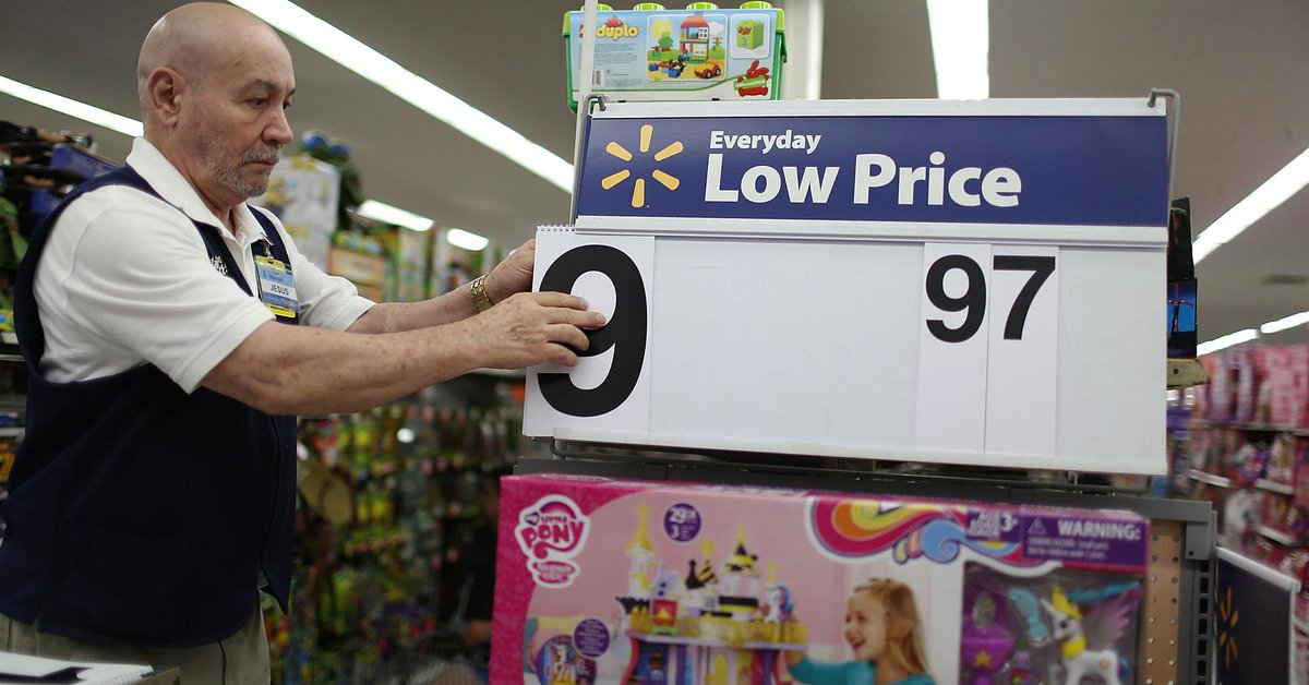 Wal-Mart is quietly growing its online advertising business, analyst says