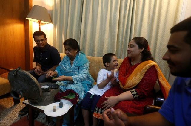 Divided Muslim family yearns to reunite, 70 years after India, Pakistan split