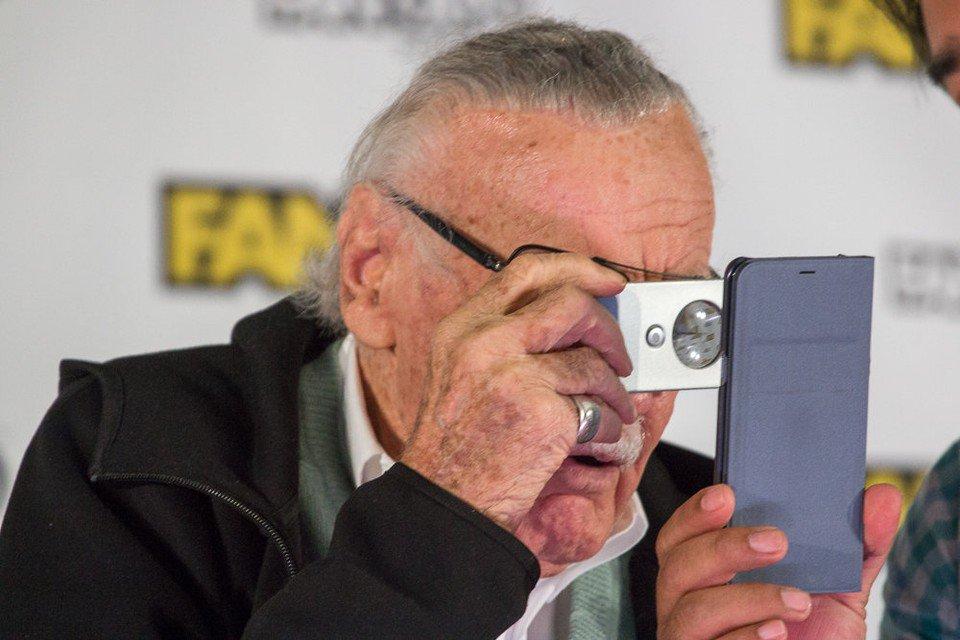 At Boston Comic Con, Marvel Universe creator Stan Lee said he can no longer read comic books