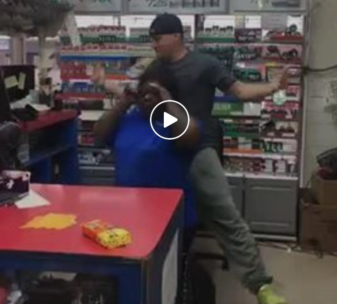 Channing Tatum's dance off with gas station clerk Beatrice is #magic: https://t.co/vp2zxlWpRw https://t.co/jTSczluUHL