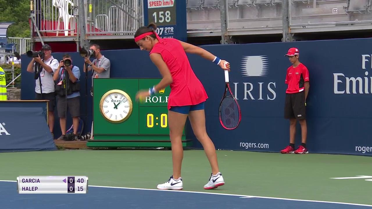 Underway on Grandstand, @Simona_Halep takes on @CaroGarcia!  Watch both #rogerscup QFs ---> https://t.co/JOGi0TAjt8 https://t.co/jHUl1wCipt