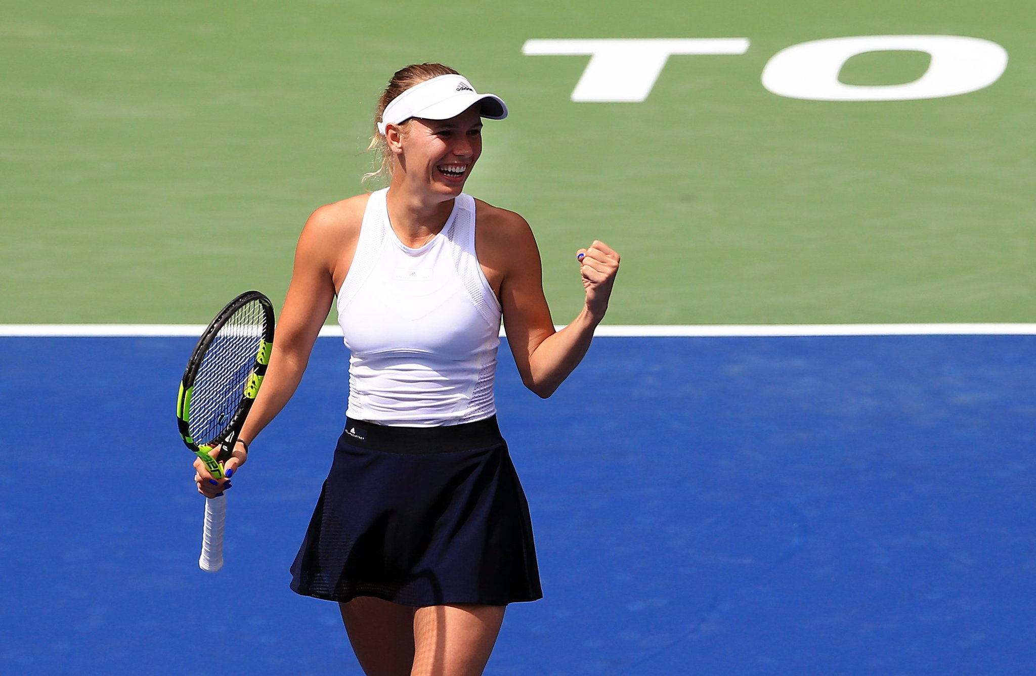 .@CaroWozniacki reaches SIXTH final of 2017 at #RogersCup--> https://t.co/KwxXhHlLTx https://t.co/qNpuq80p5X