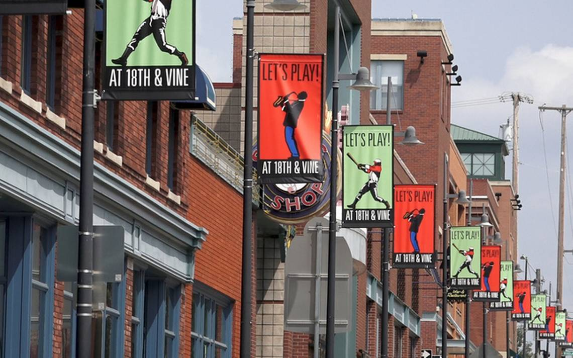 'They're not racist. They're just afraid.' Why don't more Kansas Citians visit the jazz district?