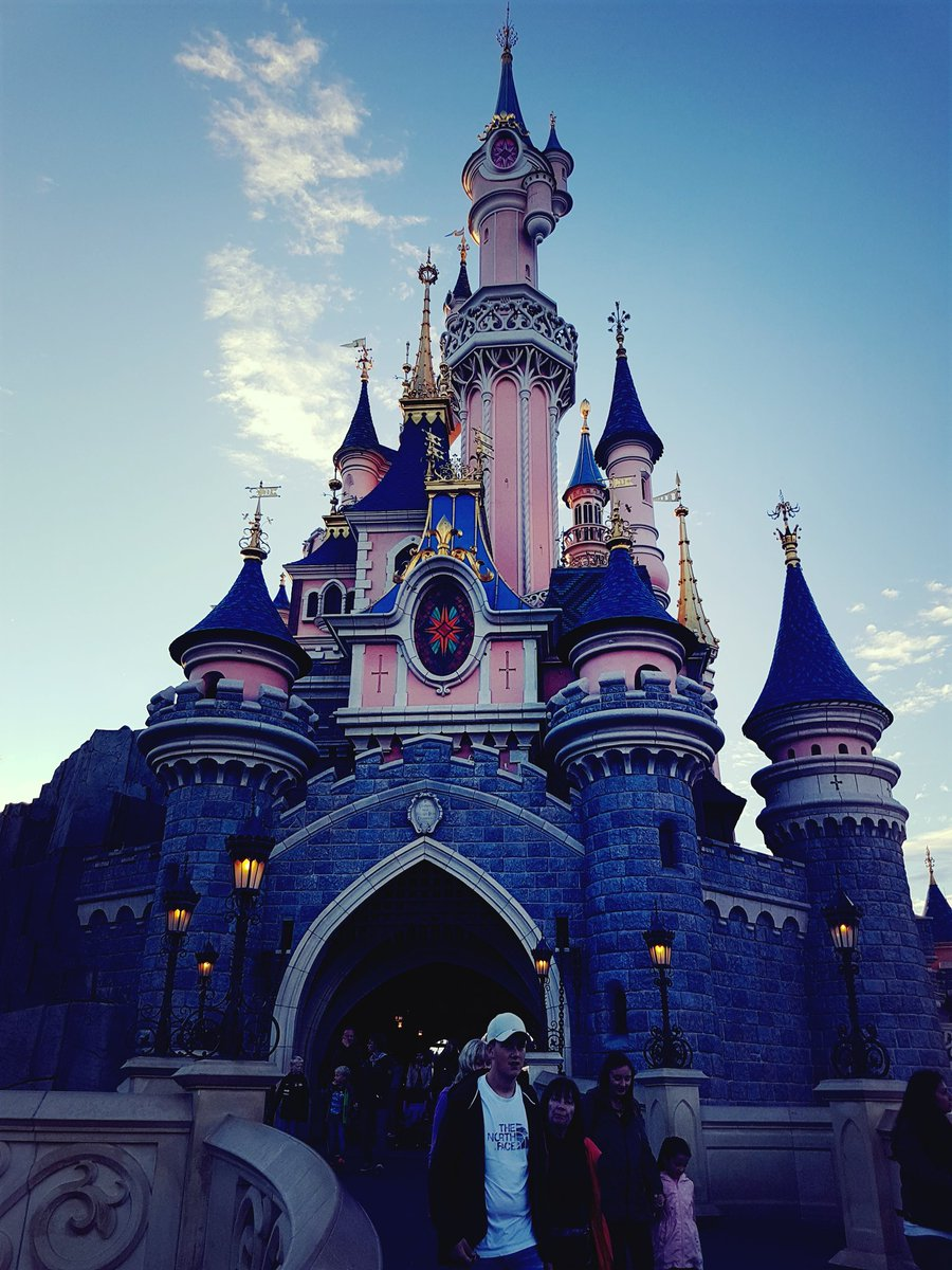 DisneylandParis, DLPLive, DisneylandParis, DLPLive, disneylandparis, DisneylandParis, DLPLive, DisneylandParis