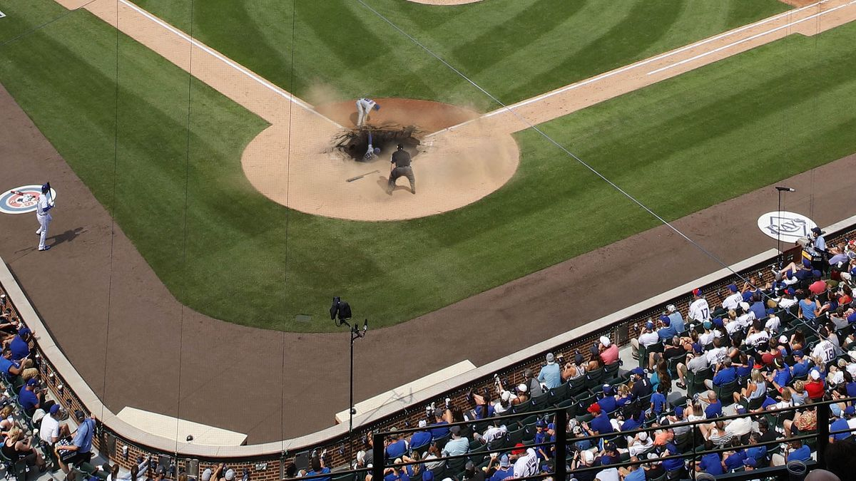 Wrigley Field Home Plate Collapses Under Weight Of Numerous Cubs Celebrating Home Run https://t.co/EJdkymqbwO https://t.co/eIlGtASqHm