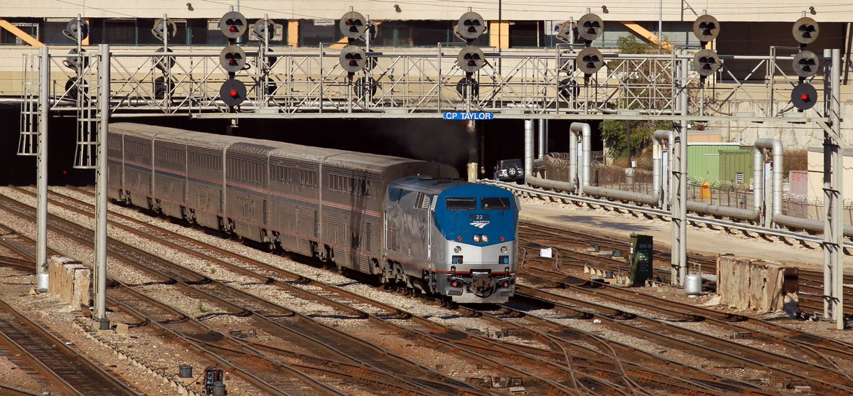 Amtrak's eclipse train from Chicago to Carbondale sells out in 22 hours