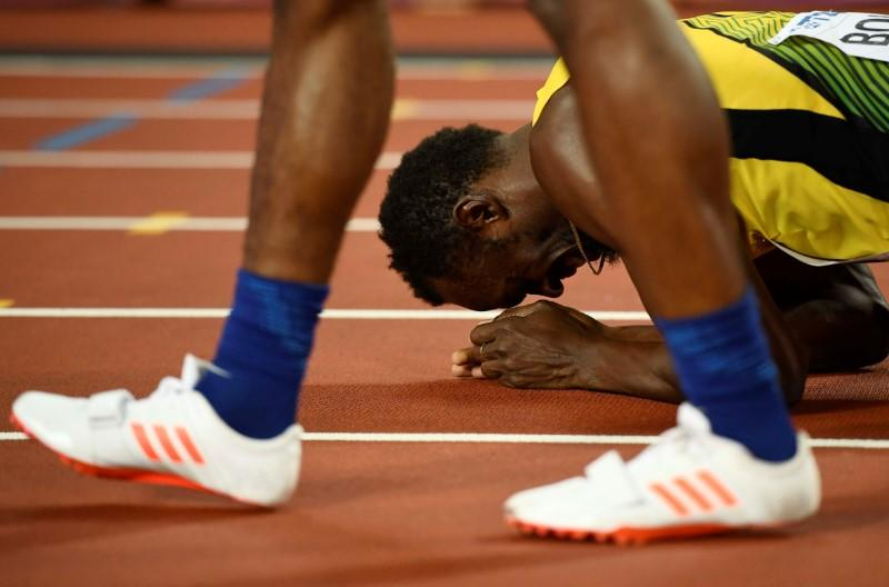 Gatlin blames TV scheduling for Bolt injury https://t.co/Gipdsm4yJg https://t.co/ETTsZYzB6A