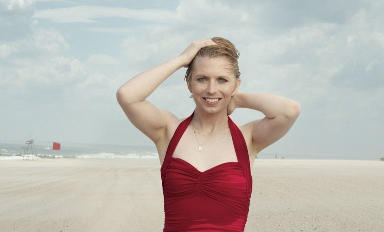 Chelsea Manning appears in swimsuit in Vogue https://t.co/p73JrwXhq7 https://t.co/Hg3bf7fDzC