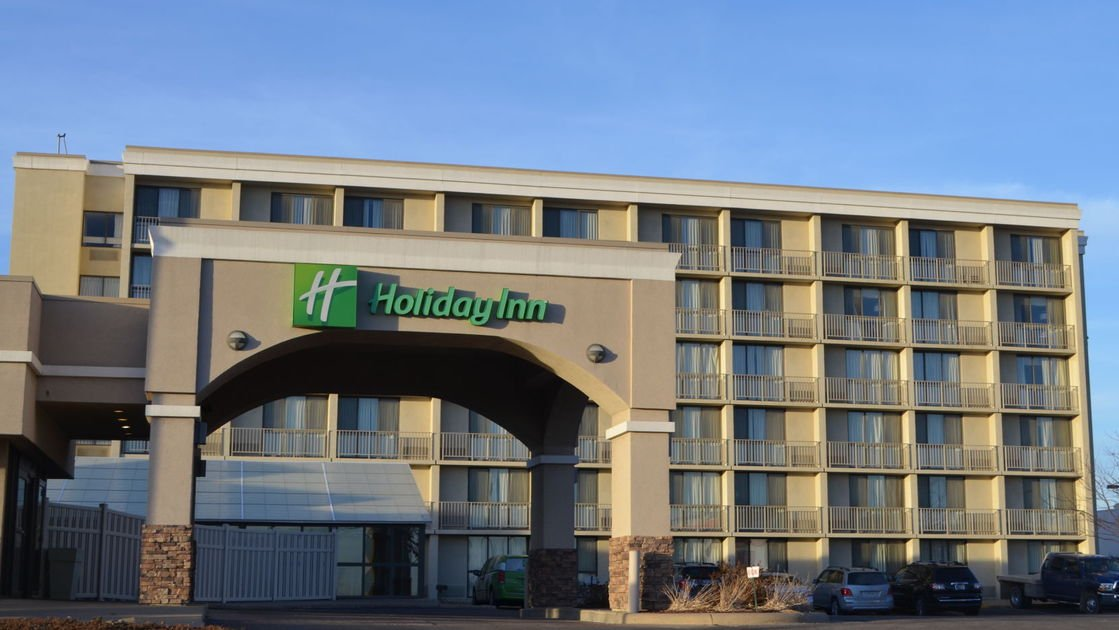 Downtown Holiday Inn changes management