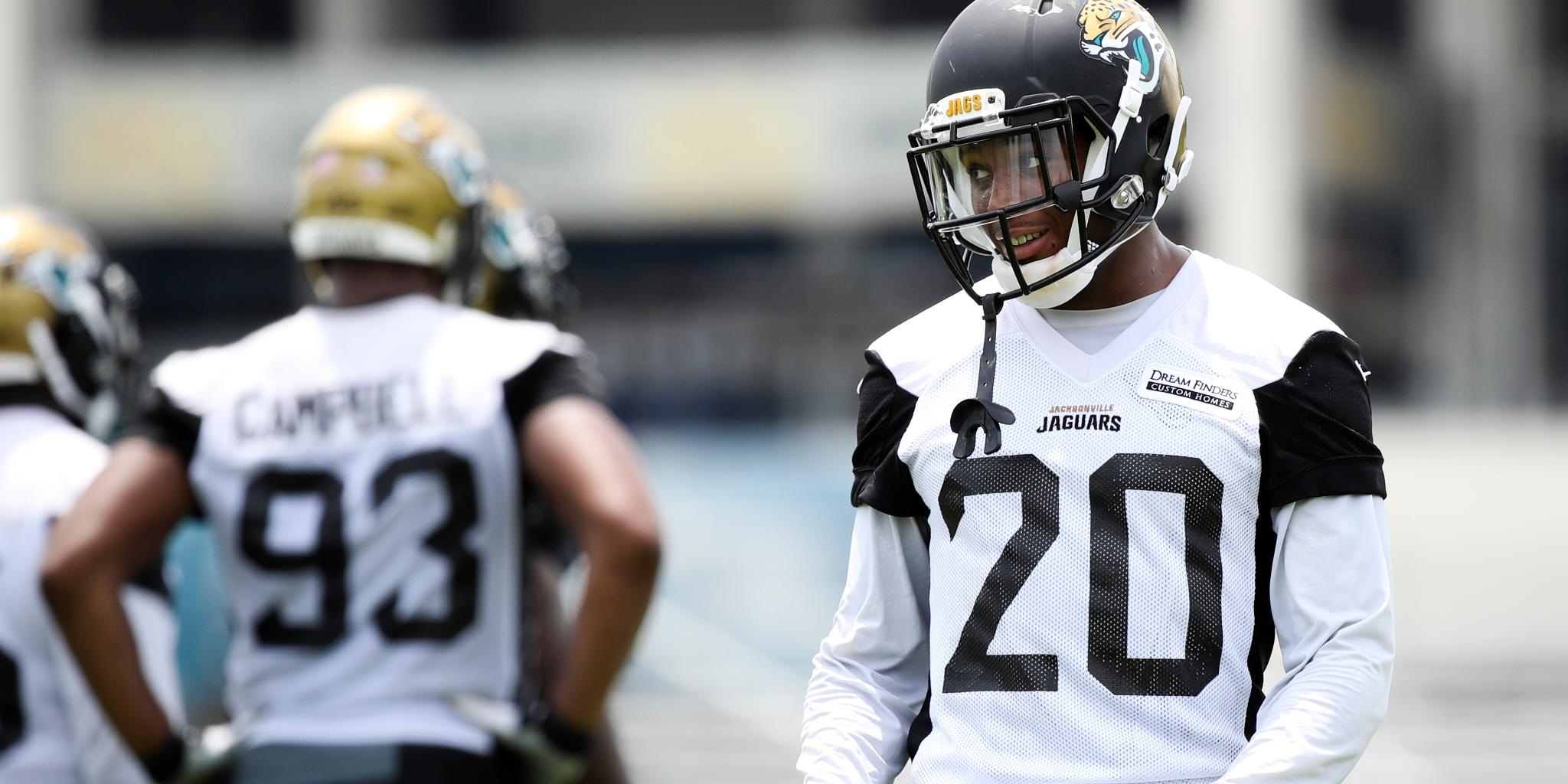 .@jalenramsey, @Campbell93 rejoin @Jaguars defense: https://t.co/y6ivesxTL2 https://t.co/idxge2kicu
