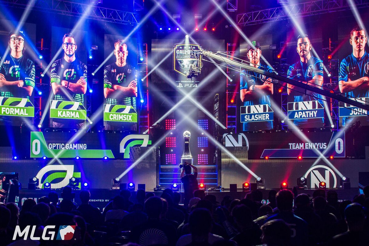 RT @MLG: 🔥🔥🔥   #eClassico #CWLChamps Winners Finals are LIVE!  Watch at https://t.co/yg6J8jhg1M https://t.co/bTWyDRiIfq