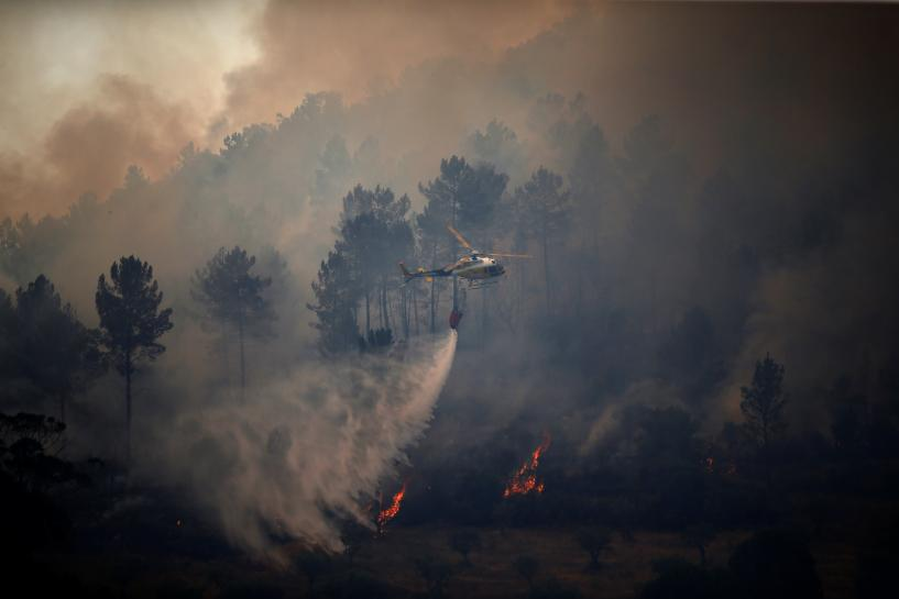 Portugal asks for help from Europe to fight fires https://t.co/bro4H1Ryat https://t.co/d5KTRWR57a