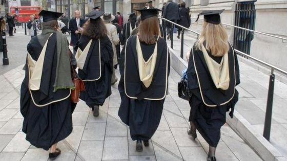 Study highlights wealth gap in university access