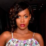 SANAIPEI TANDE's protruding tummy embarrasses her on stage(PHOTO)
