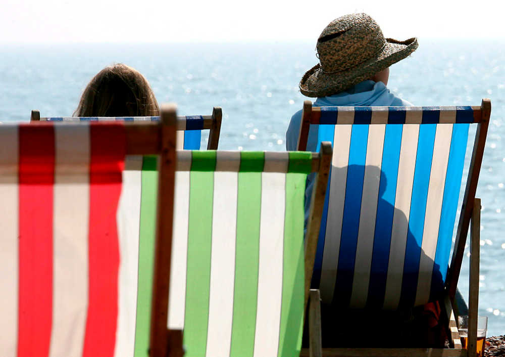 test Twitter Media - Enfermedades reumáticas: Diez pautas para cuidarse en verano. https://t.co/N1Yb5yoChL Vía: @efesalud https://t.co/nndie8VVu3