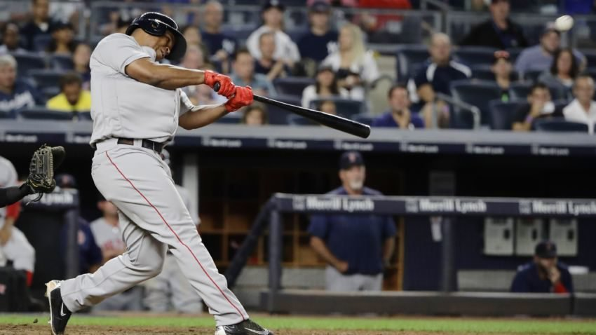 Devers and Benintendi clutch in extra-innings win over Yanks