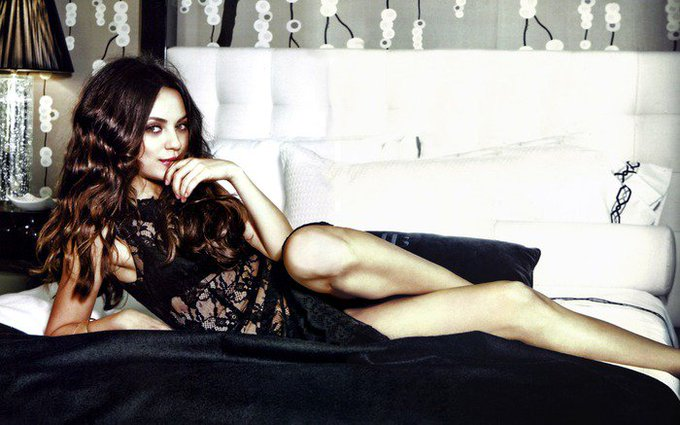 Happy Birthday Mila Kunis I freaking love you