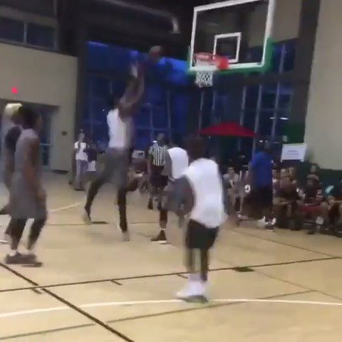 LeBron James Jr. throwing alley-oops to Hassan Whiteside... ����   (via @joeboogie_ebe/Instagram) https://t.co/sKIZ4oYOgg