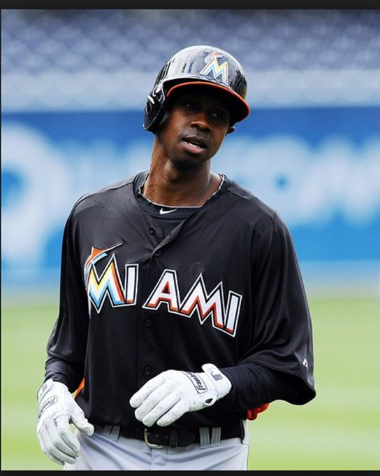 40 years old today. WS Champ. 2K hit club, one of the best base-stealers of all time. Happy birthday to Juan Pierre!