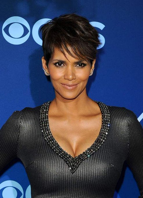 Happy Birthday to Halle Berry who turns 51 today!