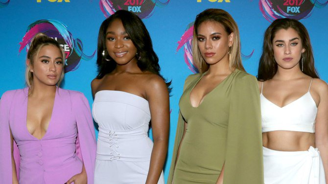 See the complete winners list from last night's TeenChoice awards