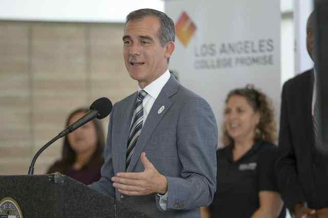 LA Mayor Eric Garcetti for president? Twitter users say yes, please
