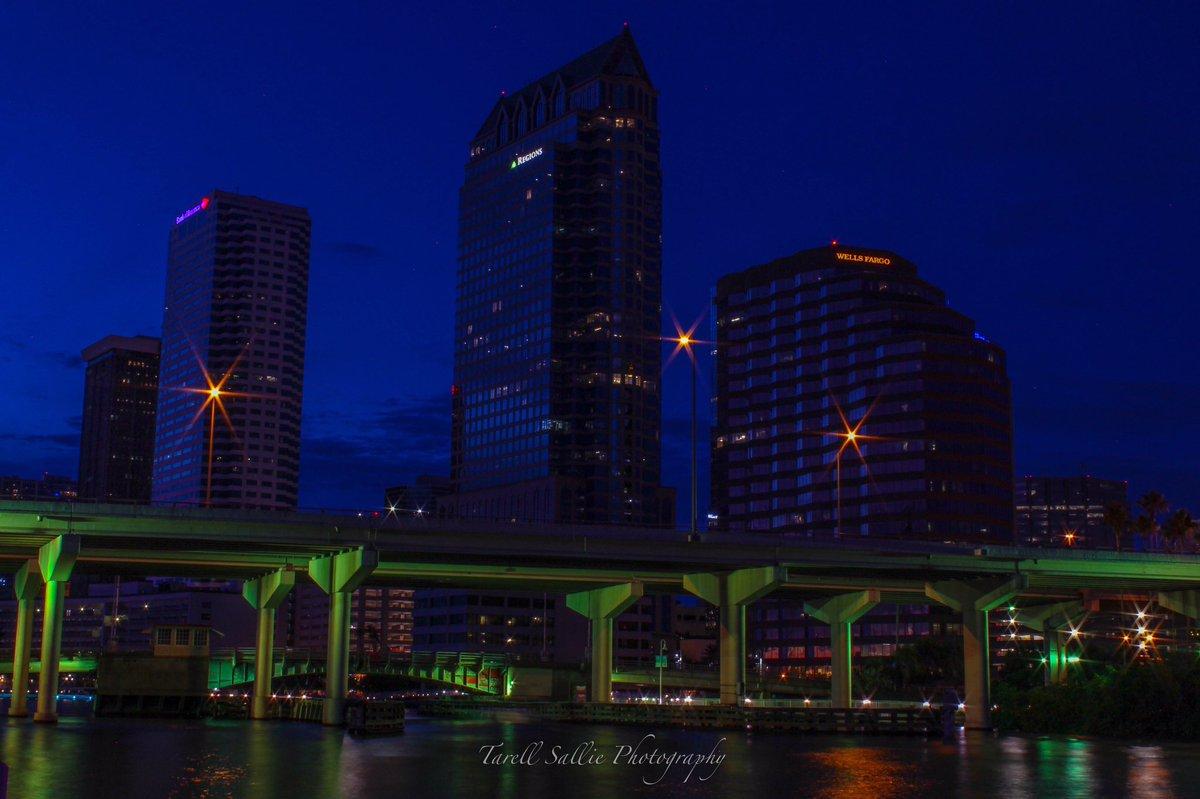 RT @tarell_sallie: City shot just after sunset from beside the Platt street bridge last night for #813Day https://t.co/BOCtsFxTkC