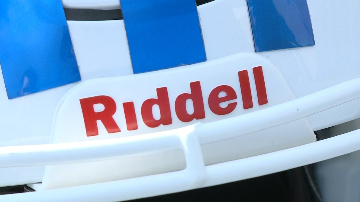 Bellevue high school football teams to be outfitted with Riddell InSite helmets