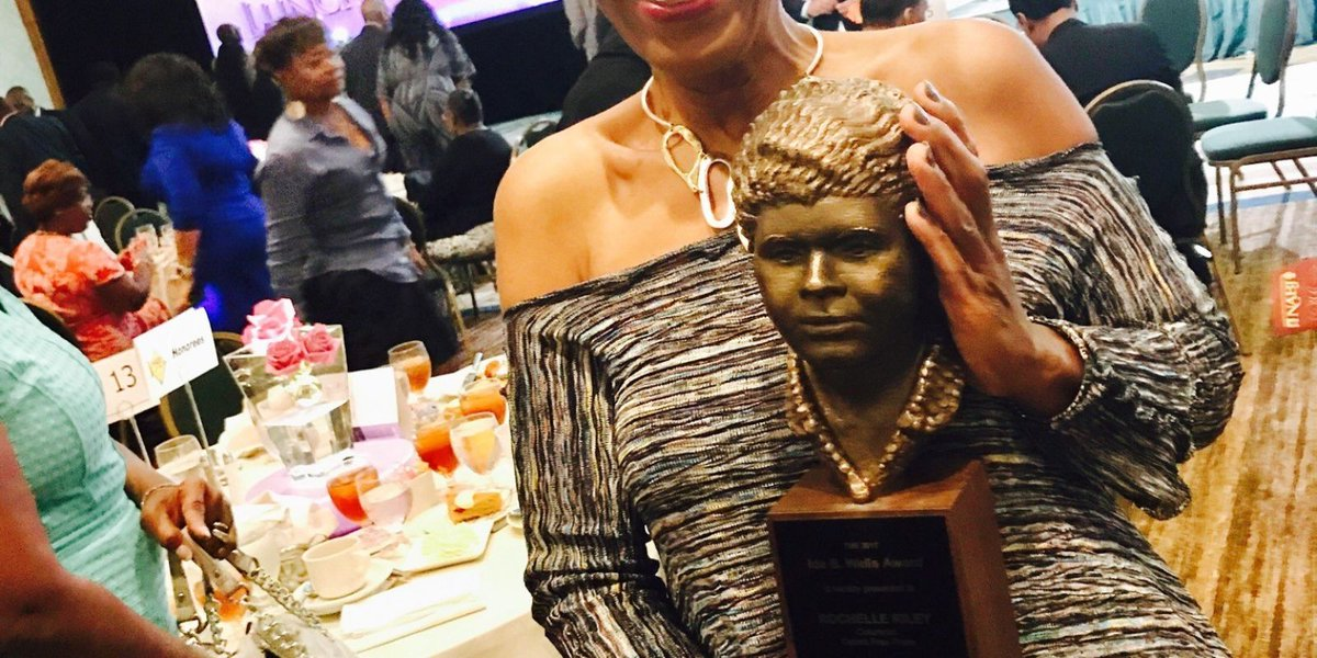 Rochelle Riley accepts award with remarks that bring down the house