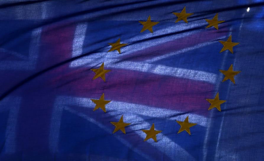 Britain asks for interim customs deal with EU, new trade deals post-Brexit