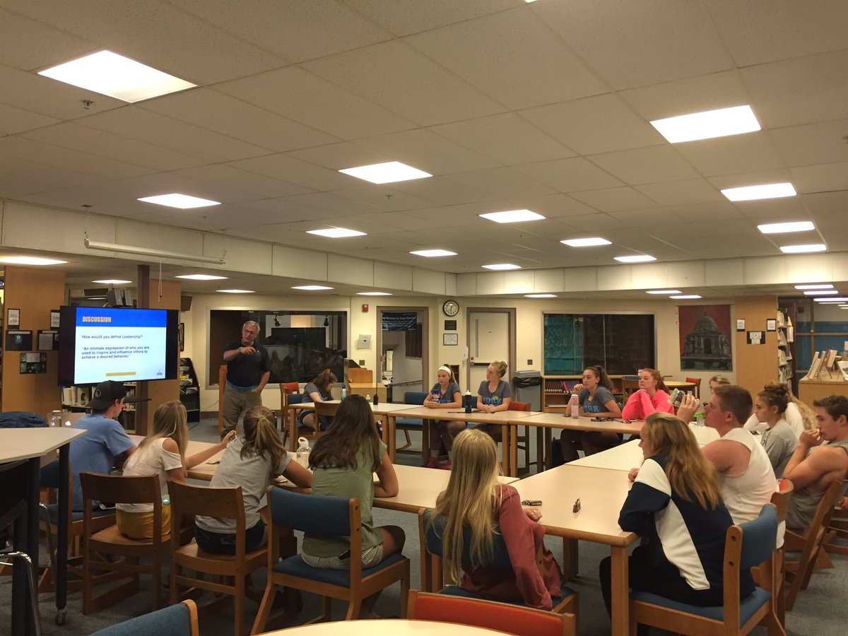 test Twitter Media - Fall student-athlete leaders having a great session with Eric from @PCA_New_England to start the fall season! 🎽⚽️🏐🏑⛳️🏈 https://t.co/a7OGuzSiNr
