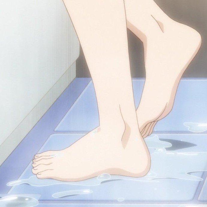 #ゆゆ式 は哲学…かどうかはわかりませんが、この櫟井唯ちゃんの裸足が絶品なのは事実であり真実であり現実であります。#アイ