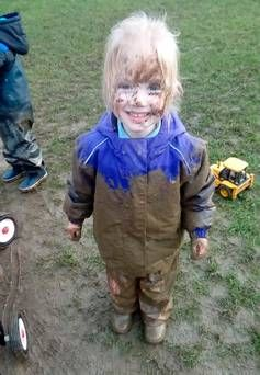 'Alfresco' pre-schools let kids enjoy the muck and rain in open air