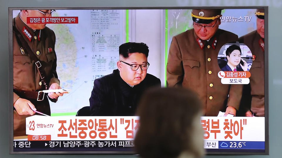 North Korean ruler stands down on threat to Guam