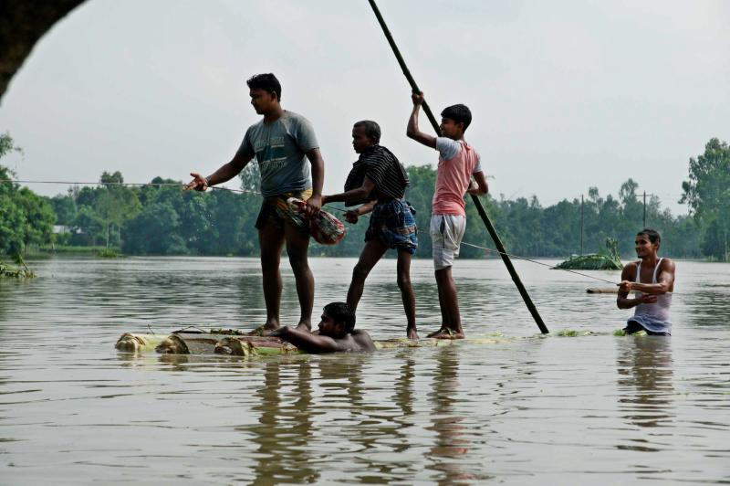 At least 221 dead in India, Bangladesh, Nepal floods
