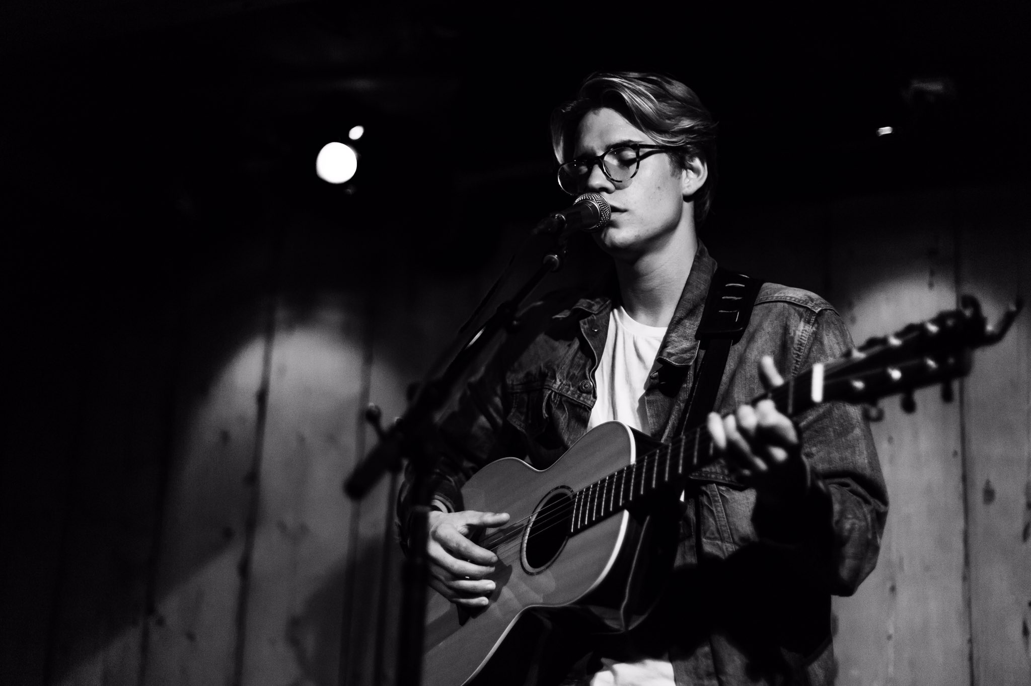 Atlanta and Orlando! I'm taking one of my great friends @coreyharp over for these shows . https://t.co/FynWc77LkB